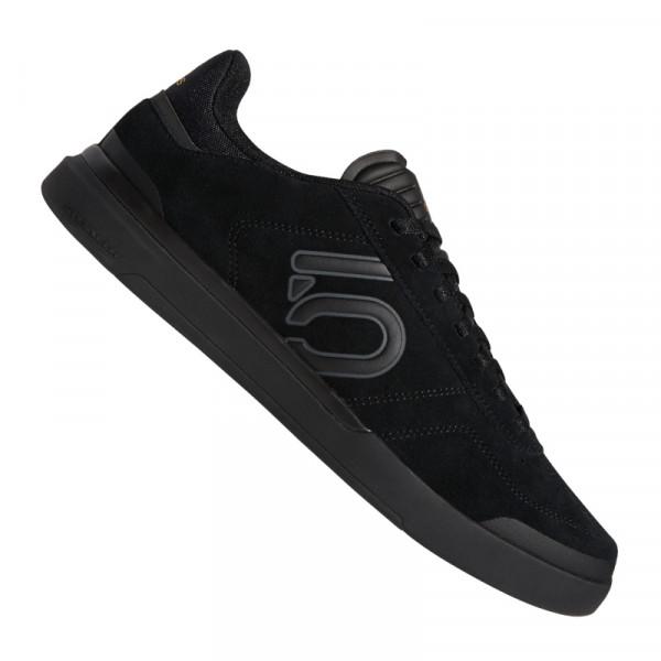 Adidas Sleuth DLX