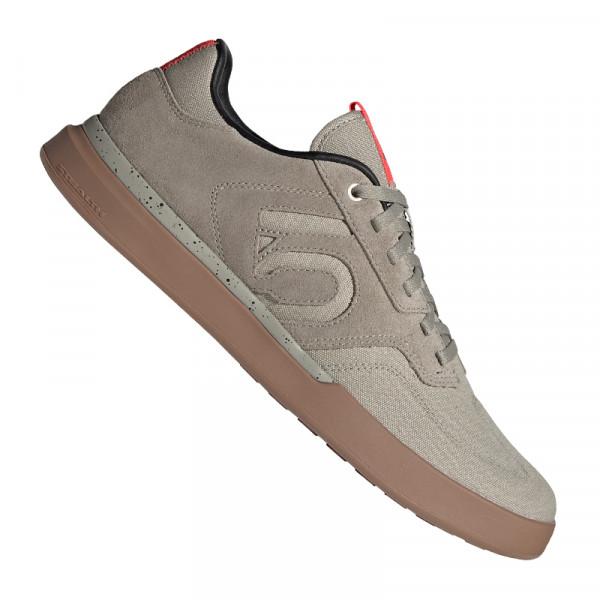 Adidas Sleuth