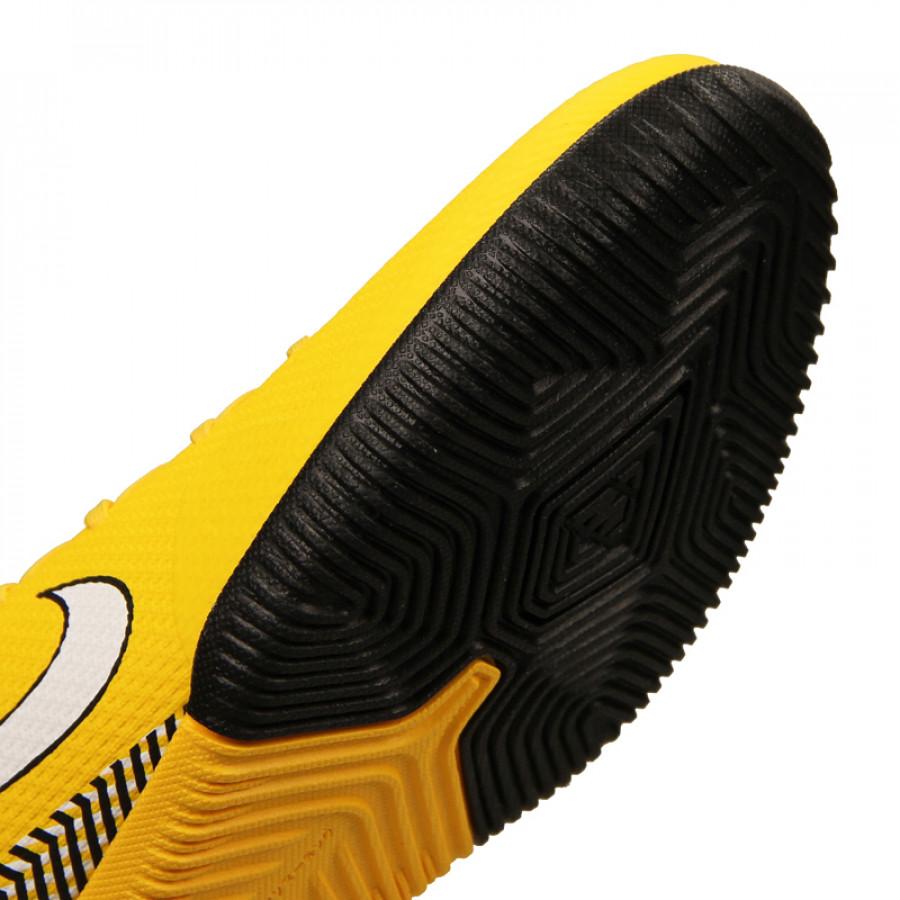 sale retailer f3c32 fb4ec Nike Superfly 6 Academy NJR IC