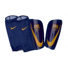 Nike Barcelona futbolo apsaugos